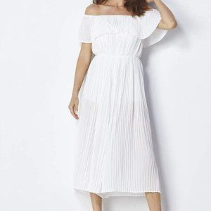 Endless Rose White pleated off shoulder Jumpsuit